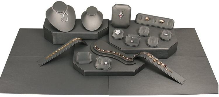Showcase Jewelry Display Black 22 Piece Set