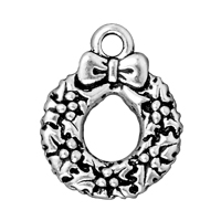 TierraCast Charm - Wreath 20x12mm Pewter Antique Silver Plated (1-Pc)