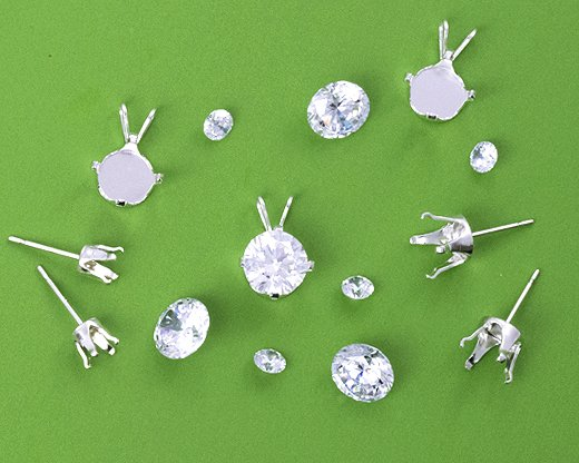 Snap-In Settings for Cubic Zirconia