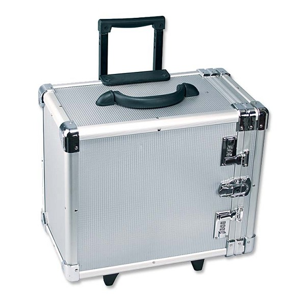 Rolling Carrying Case With Retractable Handle